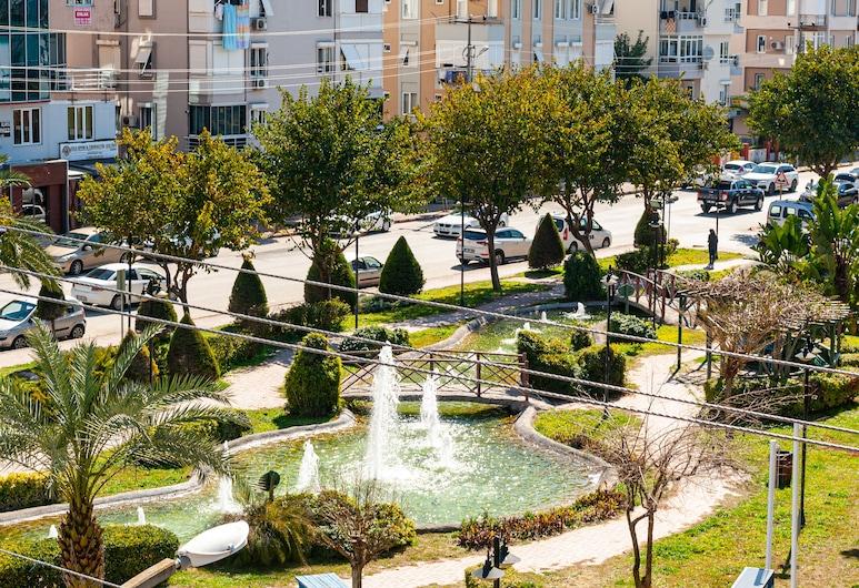 Is Hotel, Antalya, VIP Buyuk Oda, Blick auf den Garten