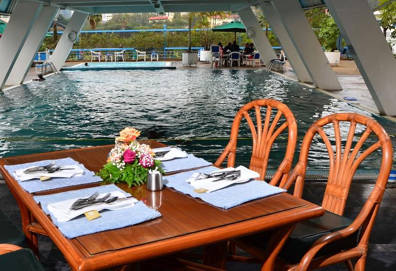 Ledger Plaza Hotel, Nairobi, Outdoor Dining