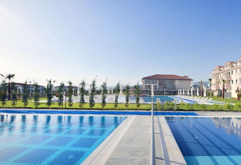Adempira Termal & Spa Hotel, Pamukkale, Apartmán, Výhľad z hosťovskej izby