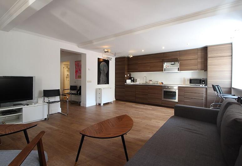 Luminous Apartment in Chueca AllôHousing, Madrid