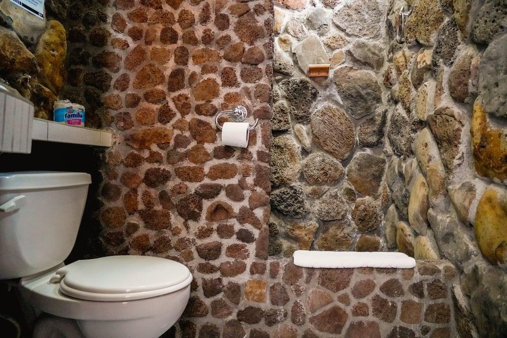 Трехместный номер базового типа - Ванная комната