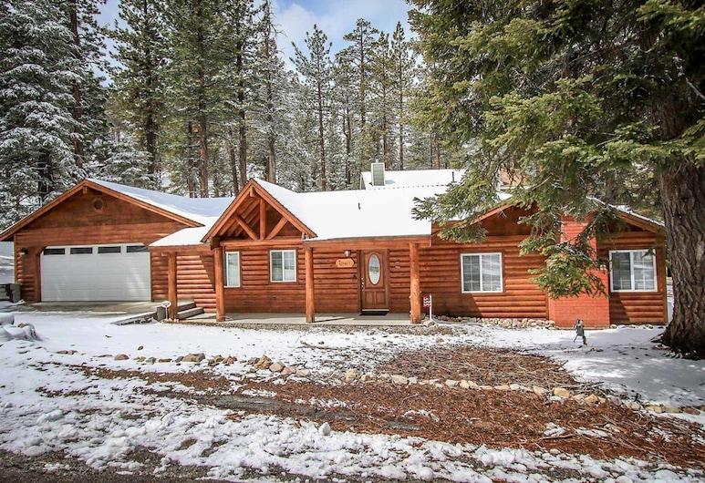 Lazy Bear Lodge-1235 by Big Bear Vacations, Big Bear Lake