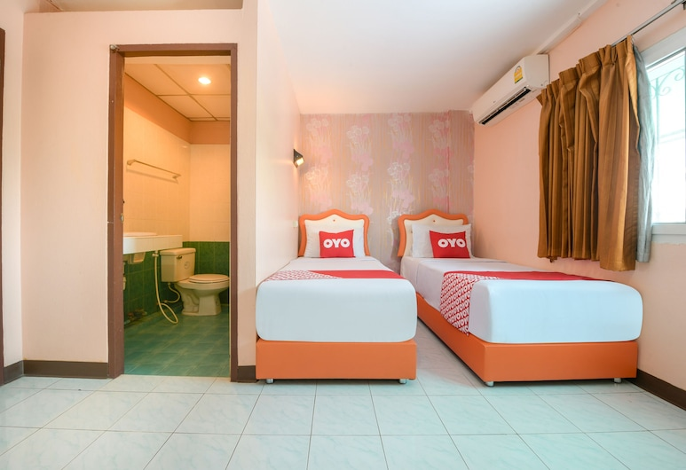 OYO 348 Saithong Place, Sattahip, Standard Twin Room, Guest Room