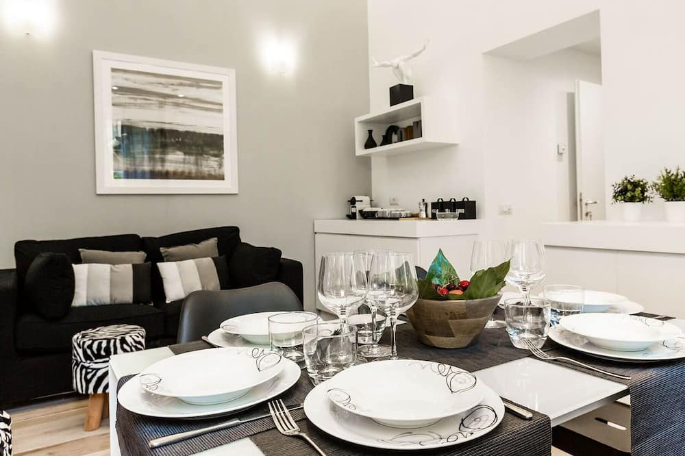 Apartment, 2 Bedrooms (Spagna 6) - In-Room Dining