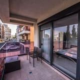 Lejlighed - 2 soveværelser (First floor) - Altan
