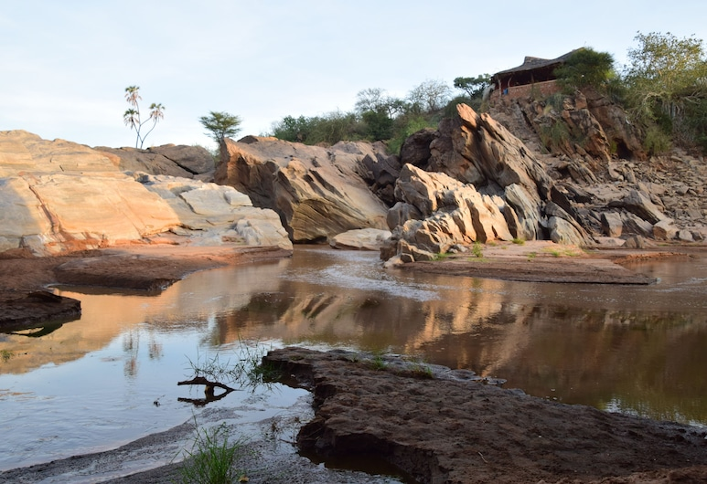 Lion's Cave Camp Samburu, Archers Post