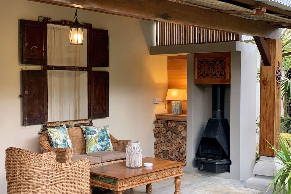 Kamar Double Comfort, 1 Tempat Tidur Queen, pemandangan kebun, tepi gunung - Area Keluarga