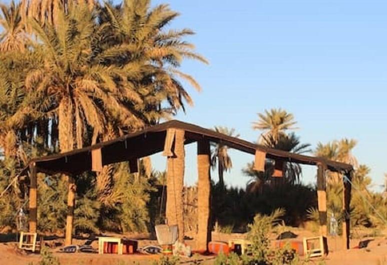 Nomad Life Style, Mhamīd el Gīzlāna, Terase/iekšējais pagalms