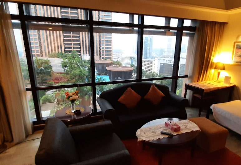 Rihanna Service Suite at Times Square, Kuala Lumpur, Standard Apartment, Living Room
