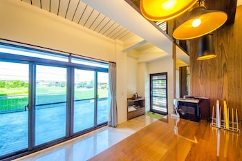Picture of Maple Left Shore B&B in Luodong