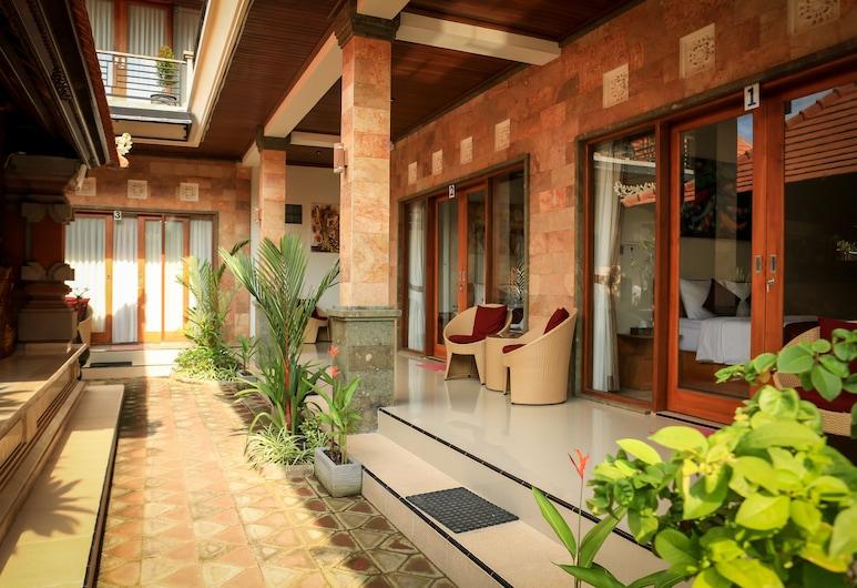 Wayan House Seminyak, Seminyak, Quarto casal standard, Varanda