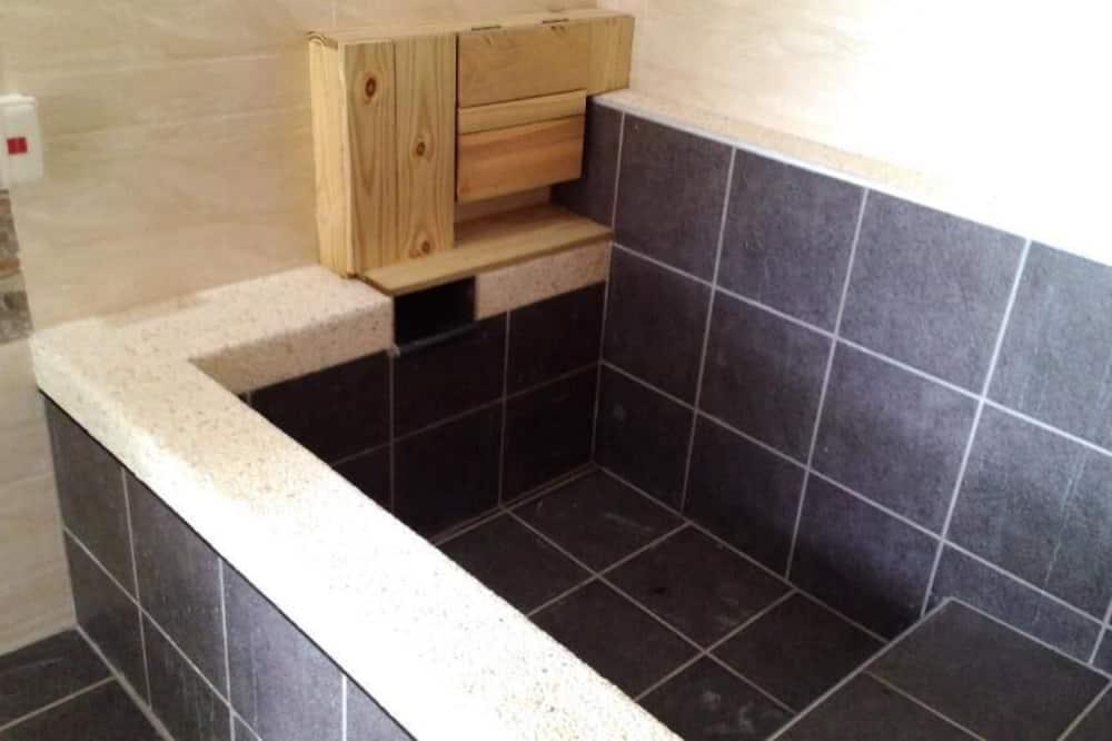Családi négágyas szoba - Fürdőszoba