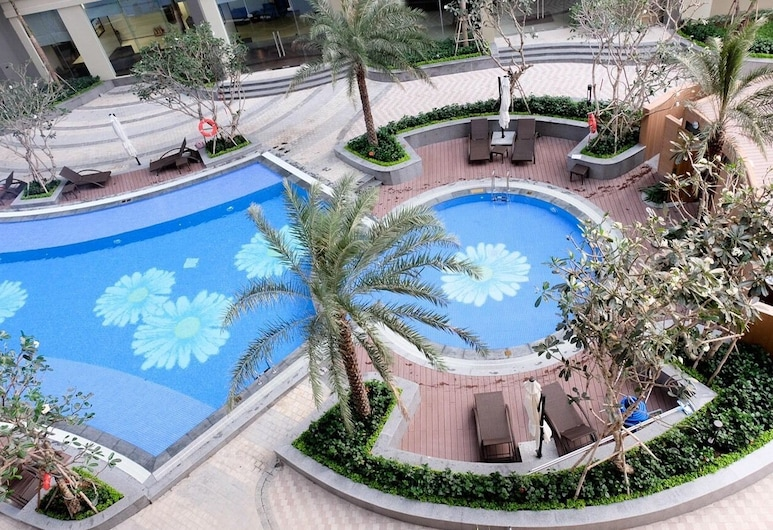 Ambassador Apartment - Vinhomes Central, Ho Chi Minh City, Outdoor Pool