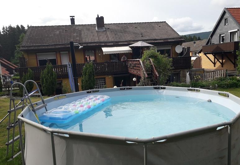 Ferienwohnungen an der Loipe, Braunlage, Outdoor Spa Tub