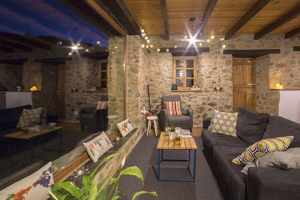 小屋, 1 間臥室, 山旁 - 客廳