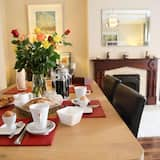 Cottage - Ăn uống tại phòng