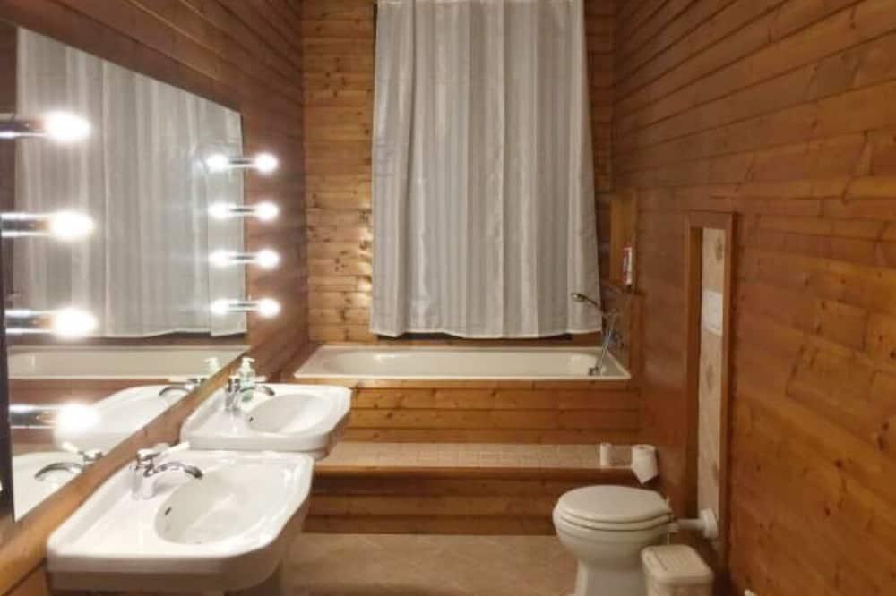 ห้องสแตนดาร์ดดับเบิล, ห้องน้ำรวม - ห้องน้ำ