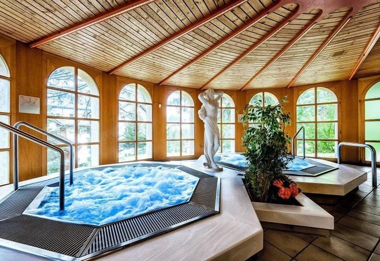 Hotel Astoria Superior, Arosa, Pool