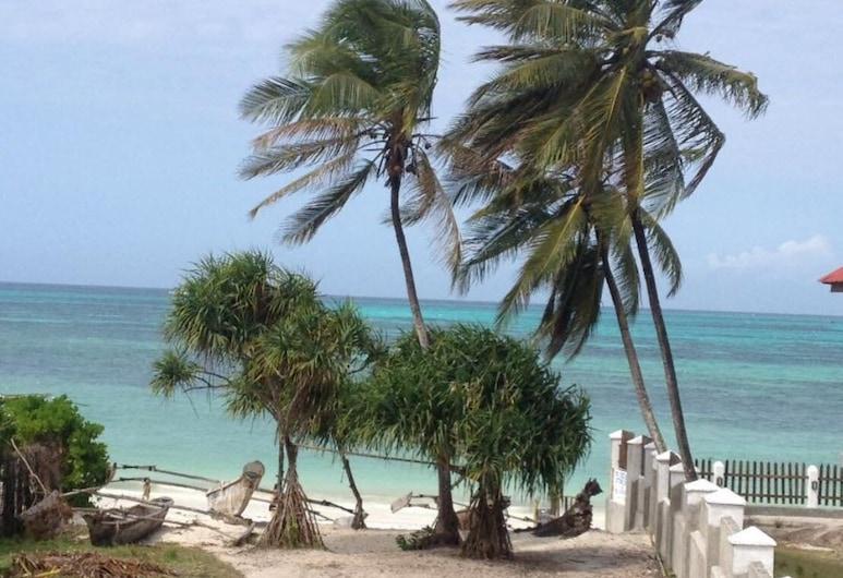 Poa restaurant & Villa, Jambiani, Triple Room, Beach/Ocean View