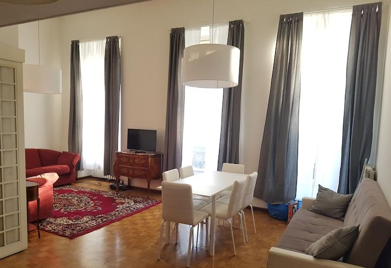 Casa Luciana, Turin