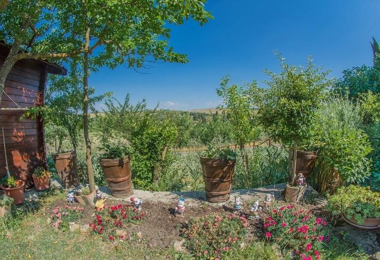 I Due Cipressi, Montalcino, Ogród