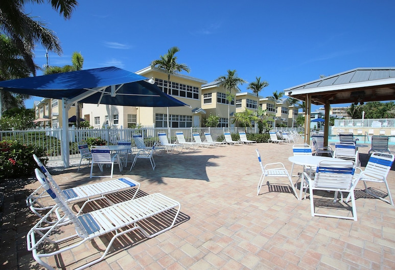 Barefoot Beach Resort 217e, Indian Shores, Piscina