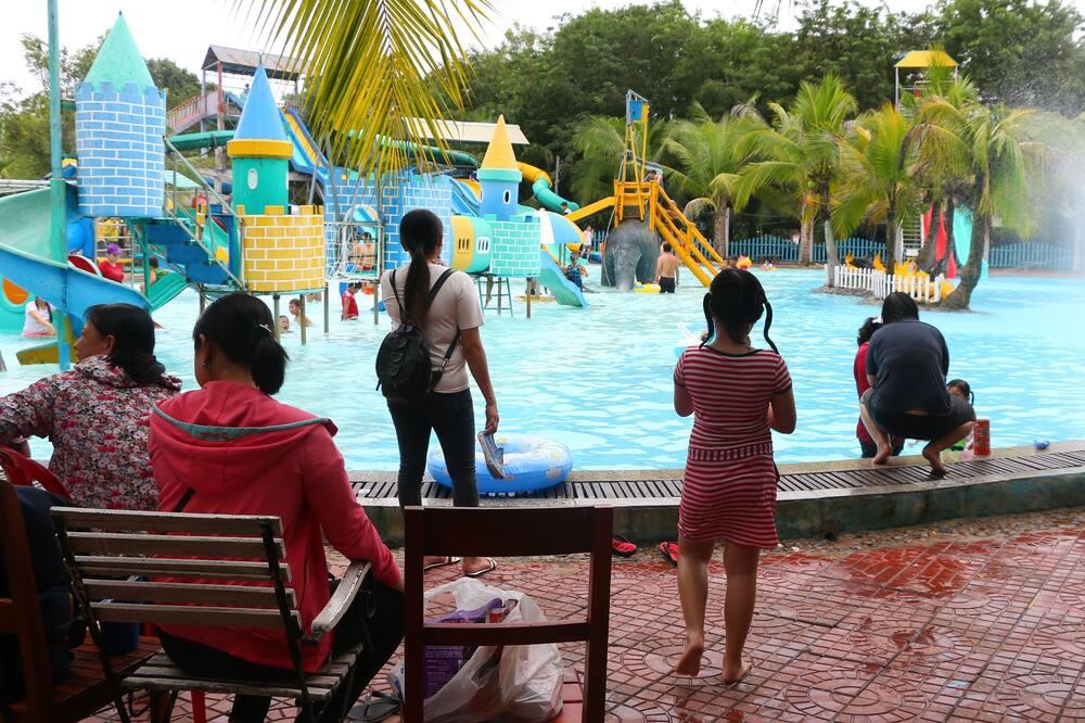 Laste bassein