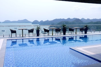Picture of Cat ba Paradise Hotel in Hai Phong