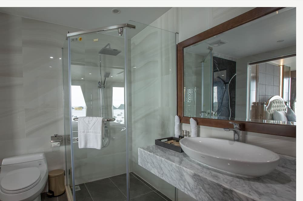Quarto Triplo Deluxe - Casa de banho