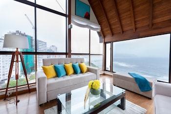 Foto Simply Comfort Ocean View Penthouse 420m2 di Lima