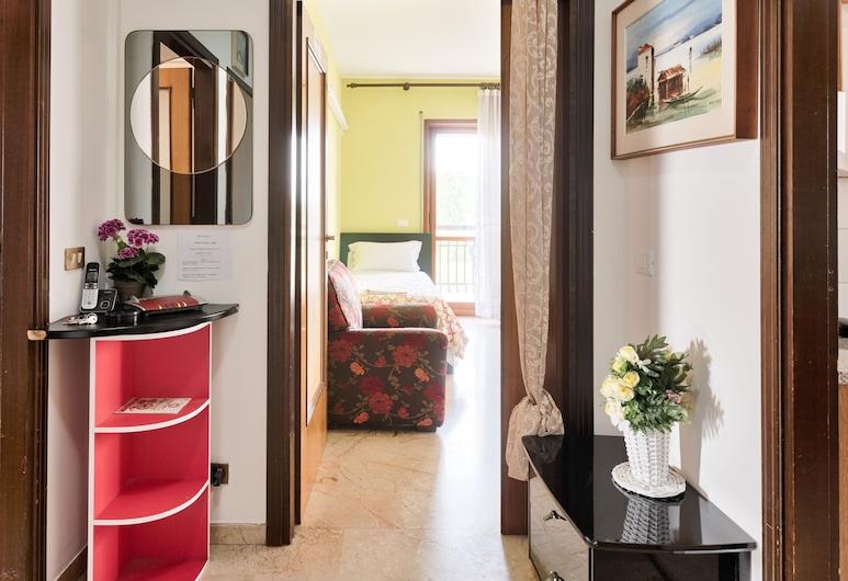 Venice h.s.Garden Home, Mestre, Quarto Duplo Standard, 2 camas individuais, Casa de Banho Partilhada, Área de Estar