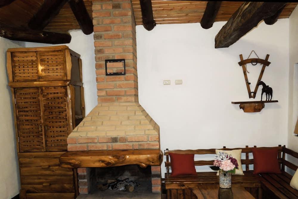 Romantic Cottage, 1 Queen Bed - Living Area