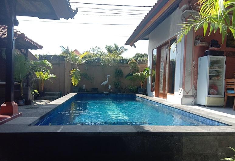 G Saskara Homestay, Denpasar, Piscine en plein air