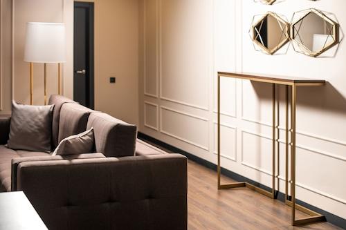 德巴里斯公寓飯店/