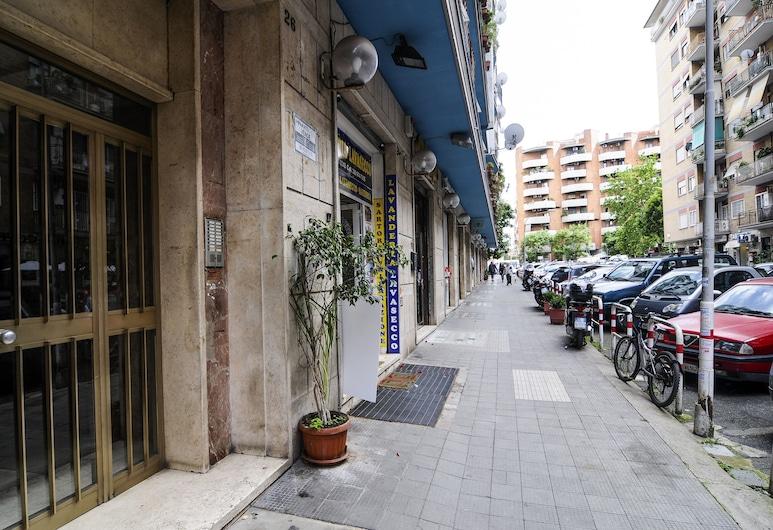 加爾巴特拉舒適公寓酒店, 羅馬