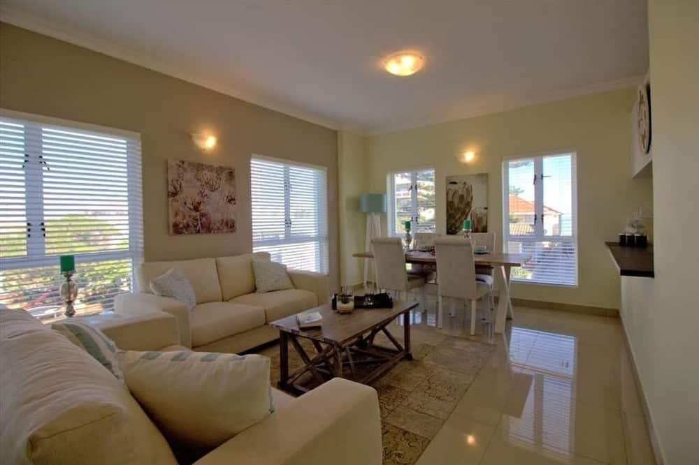 Superior Villa, 3 Bedrooms - Living Area