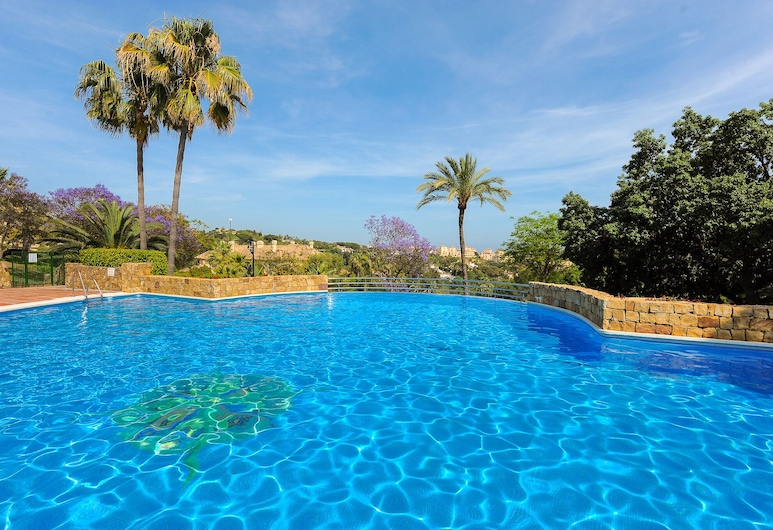Greenlife Golf Elviria Hills Canovas Apartment, Marbella, Outdoor Pool