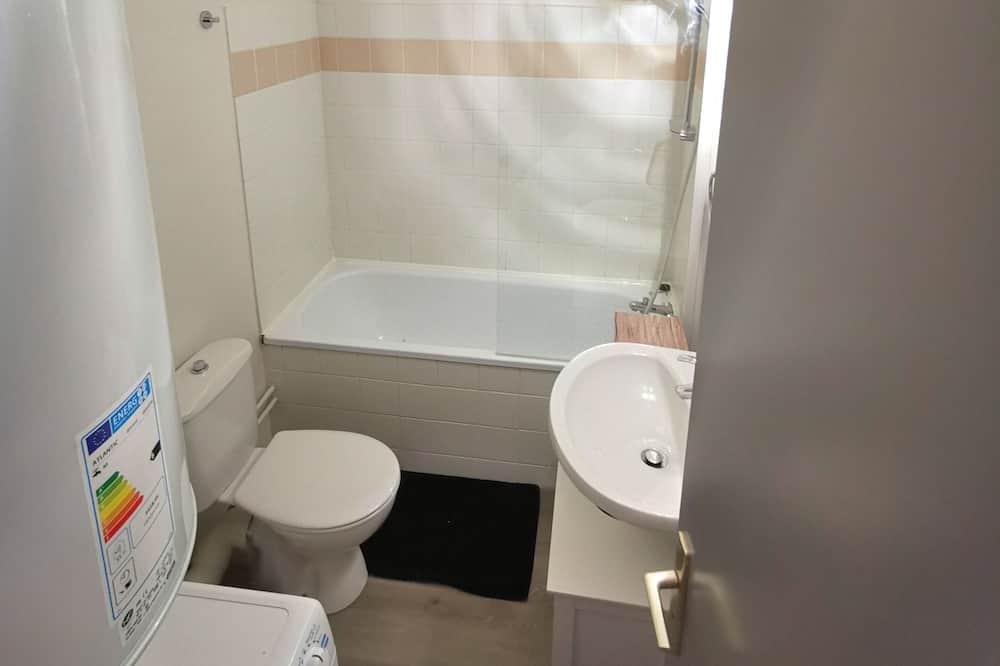 Căn hộ, Quang cảnh thành phố (Limoges Marechal) - Phòng tắm