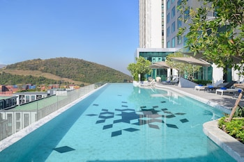 Picture of Holiday Inn & Suites Siracha Laemchabang in Si Racha