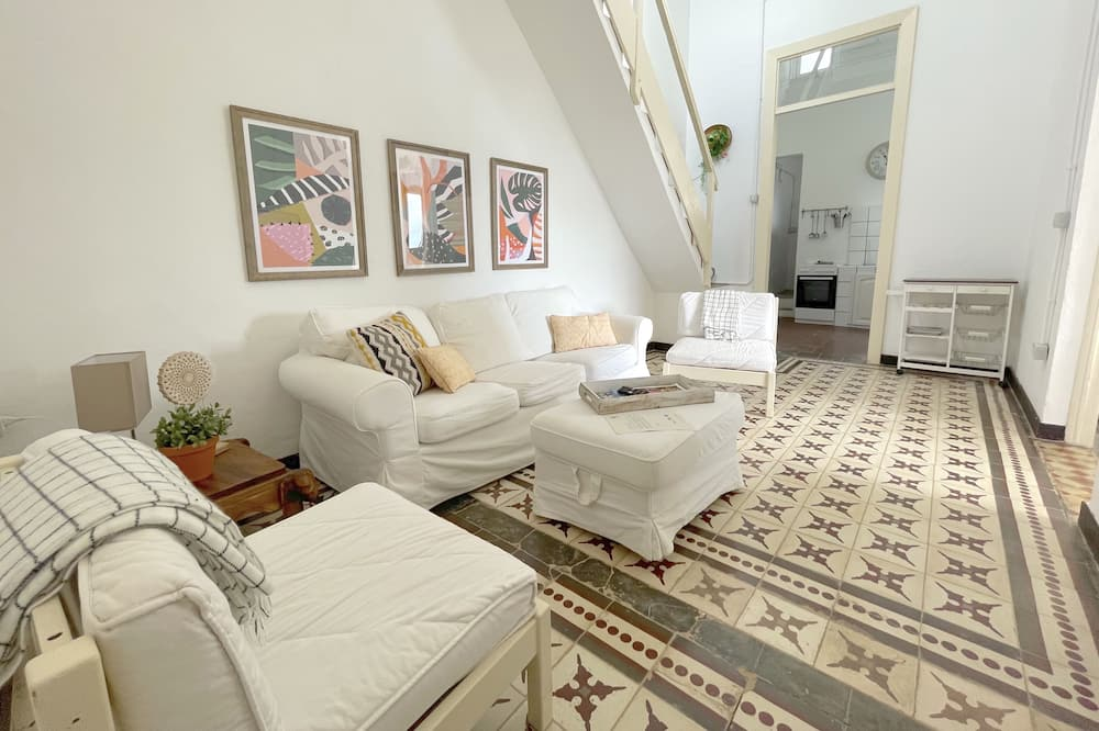 Family House, 2 Bedrooms - Living Room