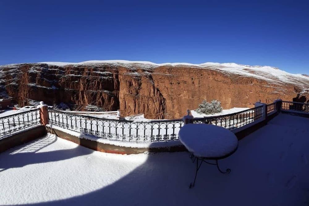 Romantic Room - Mountain View