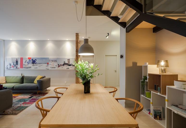 Chiado Apartments by LINC, Lisbonne, Appartement Duplex Deluxe, 3 chambres (Rua Almirante Pessanha, 1), Coin séjour