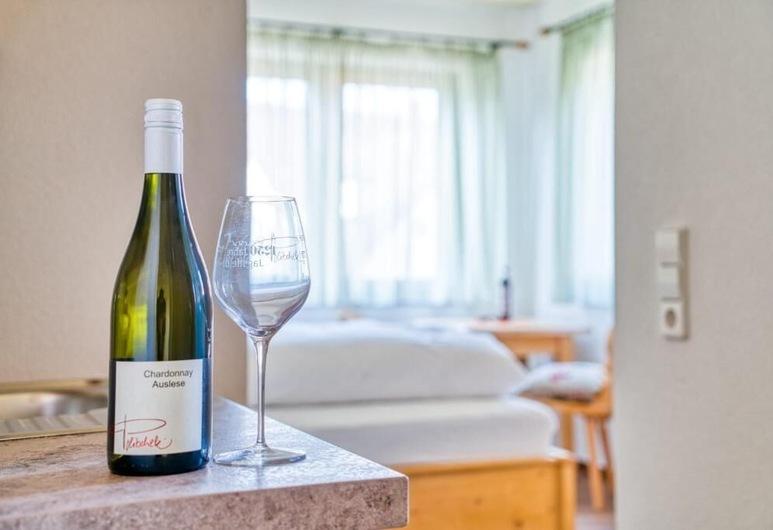 Gästehaus Weingut Politschek, Bādfrīdrihshalle, Dzīvokļnumurs, 1 divguļamā karalienes gulta, Viesu numurs