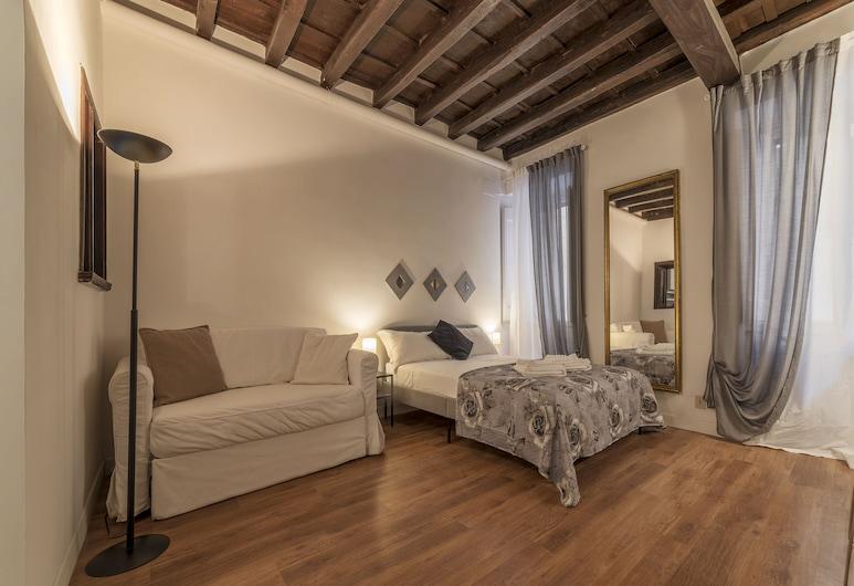 Fori Imperiali Elegant Apartment, Rome