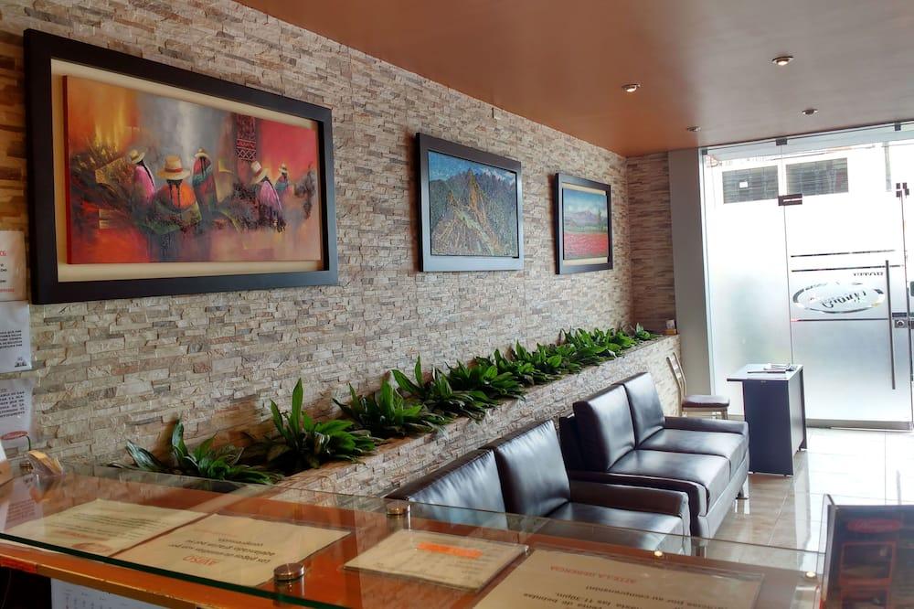 Hotel Diony's, Lima
