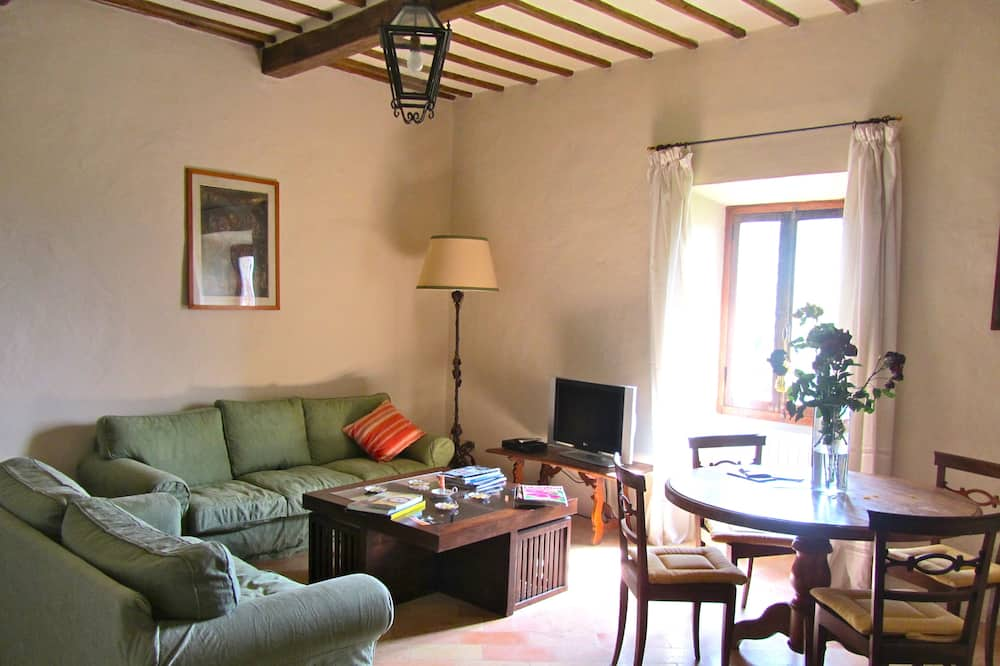 Panoramic Cottage (Pieve cottage) - Living Area