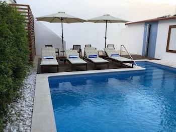 Picture of Villa Rio Guest House Suites in Portimao