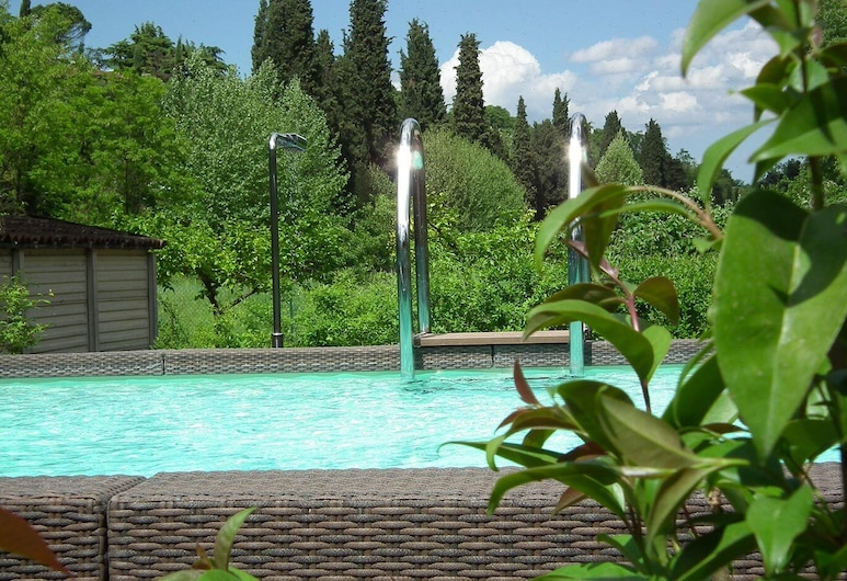 L'Isolo Bed and Breakfast, Monzambano, Outdoor Pool