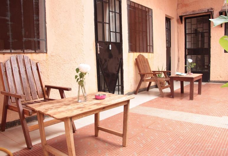 Ouaka Hotel, Ouagadougou, Terrace/Patio