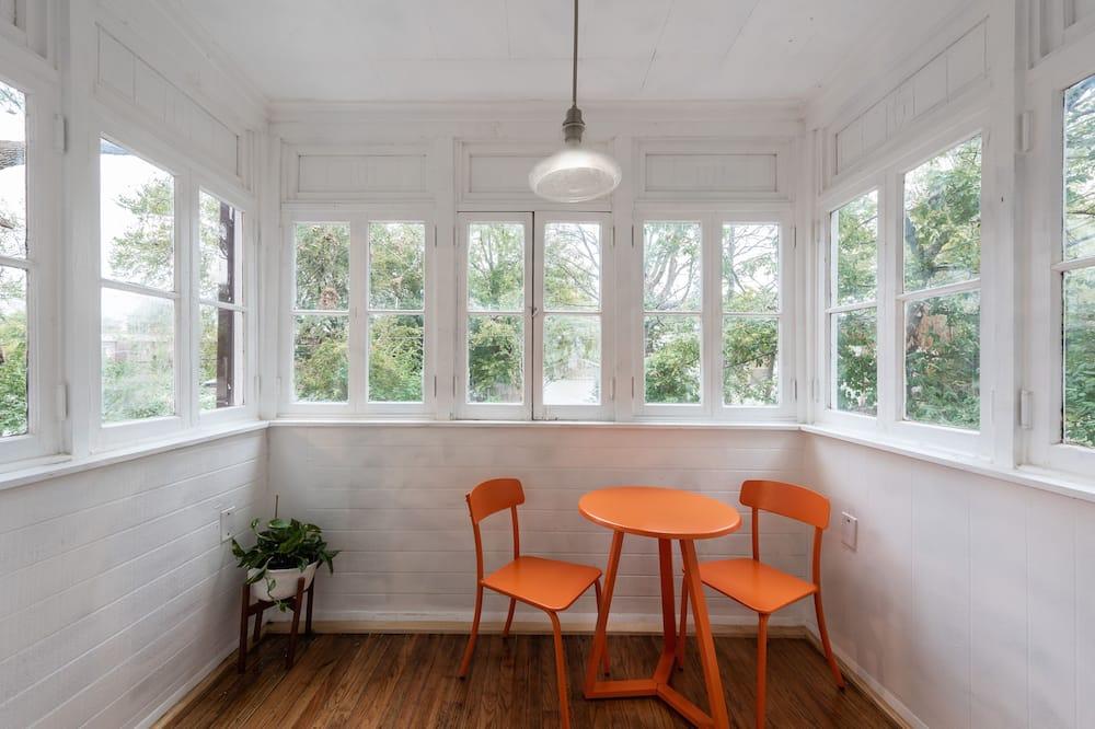 高級複式房屋, 2 間臥室, 非吸煙房, 廚房 - 陽台